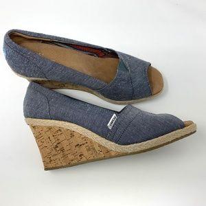 Toms Shoes Womens Size 10 Open Toe Denim Wedges